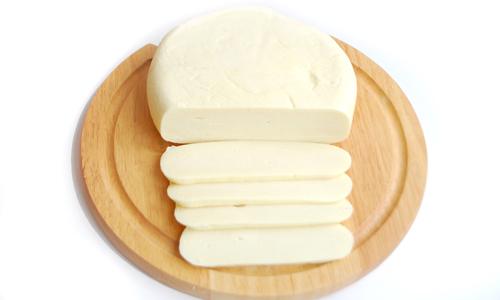 Сыр Сулугуни обычный (цена за 1 кг)