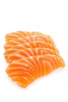 Семга слаб/сол филе на коже (300 гр)
